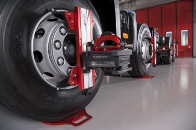 Kompiuterinis lengvųjų automobilių ir sunkvežimių ratų suvedimas